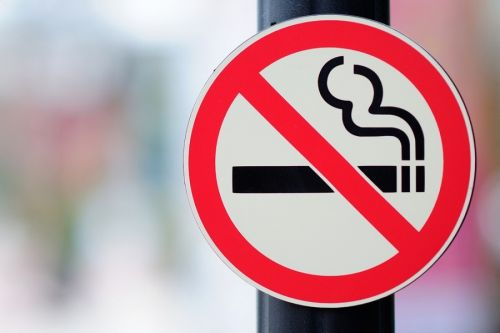 Αποτέλεσμα εικόνας για Εφαρμογή αντικαπνιστικής νομοθεσίας